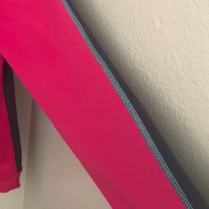 Under Armour Sweaters - Under Armour Pink & Grey hoodie Med.
